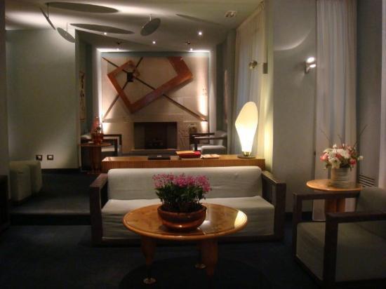 Hotel Spadari al Duomo: Hotel lobby