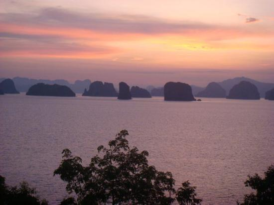 Koh Yao Noi, Tailandia: View from our balcony....look like painting...