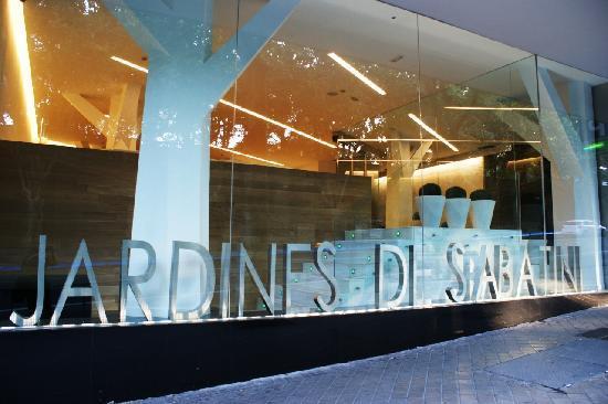 ApartoSuites Jardines de Sabatini: Aparto Suites Jardines de Sabatini - Entrada