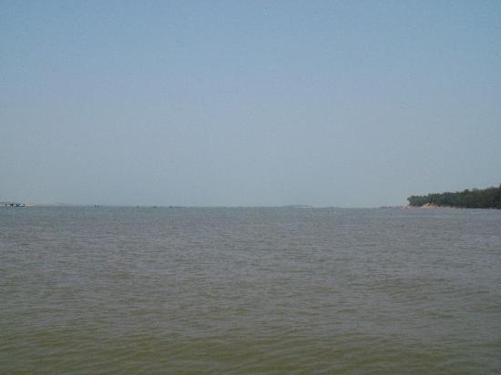 Puri, India: chilka lake
