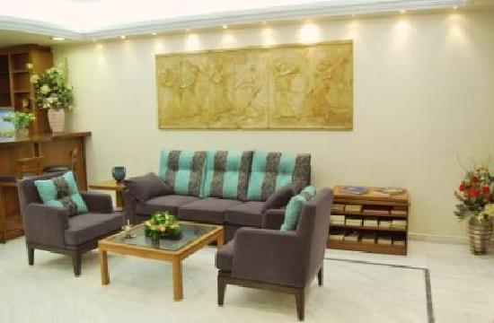 AVA Hotel Athens: Hotel lobby area
