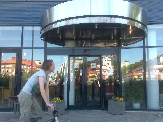 2Home Hotel Solna : hotel