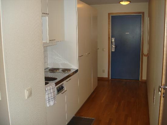 2Home Hotel Solna: la petite cuisine