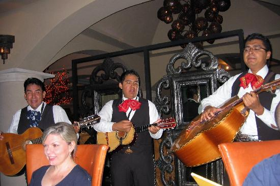 Secrets Silversands Riviera Cancun: Mariachi band at Mexican Rest, they were great!