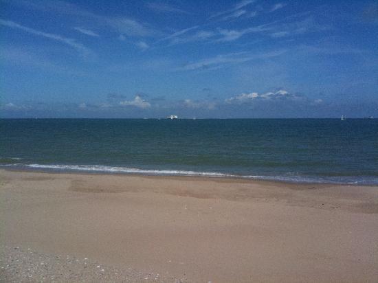 Le Capotel : plage de sangatte