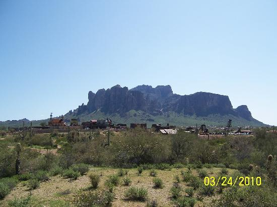 Apache Junction, AZ: View of Ghost Town and Superstition Mountains while horseback riding
