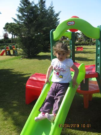 Calista Luxury Resort: baby playground