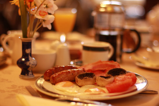 Monkgate Guest House: Enjoy a full English Breakast in our cosy breakfast room.