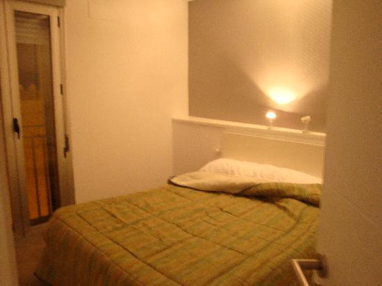 Hostal Costa Azul: Dormitorio (Apartamento)