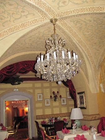 Alchymist Nosticova Palace: The restaurant and breakfast room