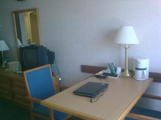 Comfort Inn Sydney: Scrivania