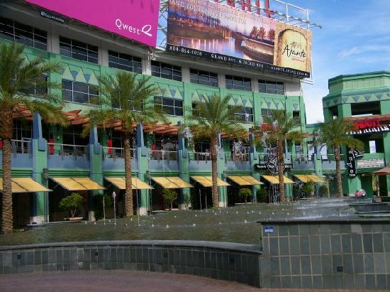 Hampton Inn & Suites Phoenix Glendale - Westgate: Some of Westgate