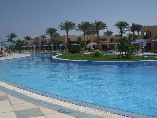 Ali Baba Palace: The pool