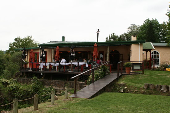 Caversham Mill: Restaurant with wedding party