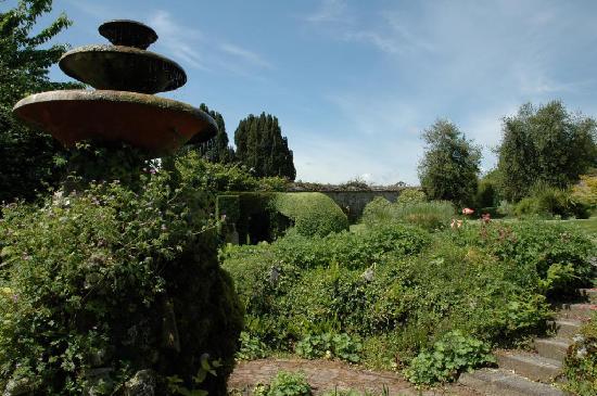 Tullynally Castle & Gardens: Tullynally gardens