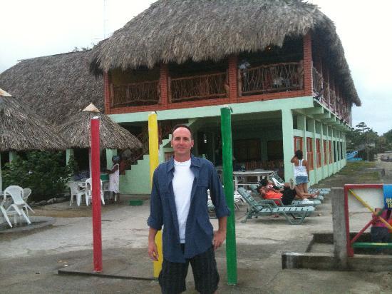 """Diving Pelican Inn: Ready to Dinner at """"Kabasa?"""" in Sambo Creek."""