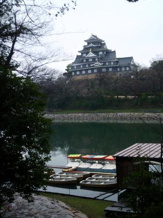 Okayamajo Castle from across the river