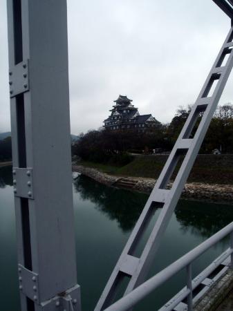 Okayamajo Castle from the river