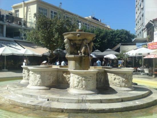 Chersonisos, Hellas: Lions Square...