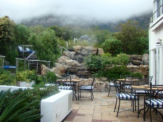 The Twelve Apostles Hotel and Spa: Garden View
