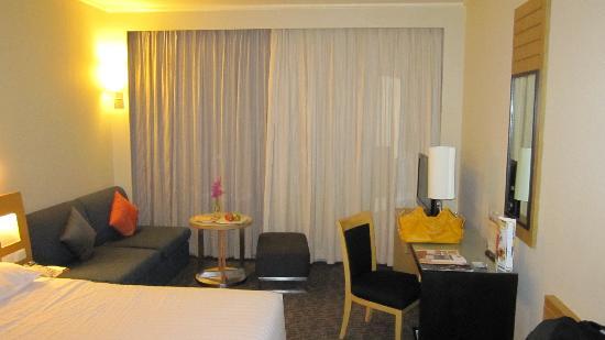 Novotel Bangkok on Siam Square: Hotel room