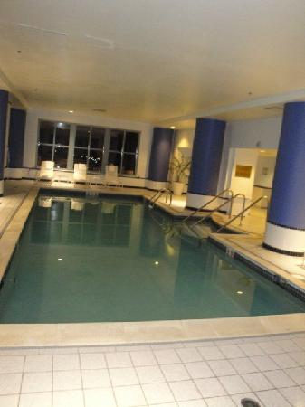 Renaissance Portsmouth-Norfolk Waterfront Hotel: Pool