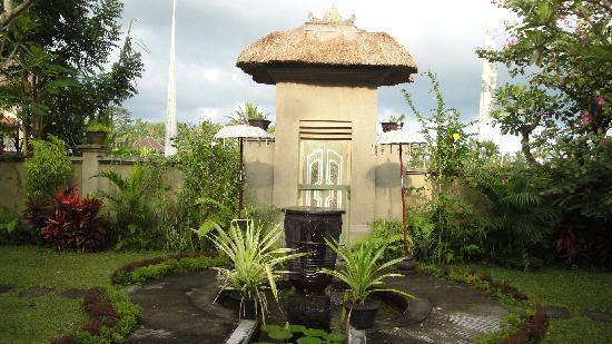 Villa Puri Darma Agung : Entrance