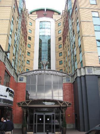 Millennium & Copthorne Hotels at Chelsea Football Club: L'esterno dell'albergo