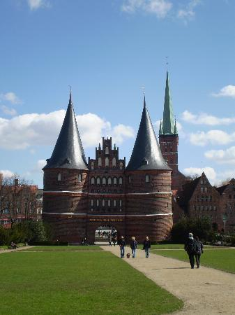 Altstadt Lübeck: fairy tale towers
