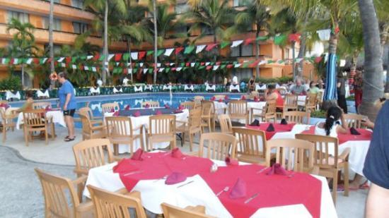 Las Palmas by the Sea: The night of the Fiesta