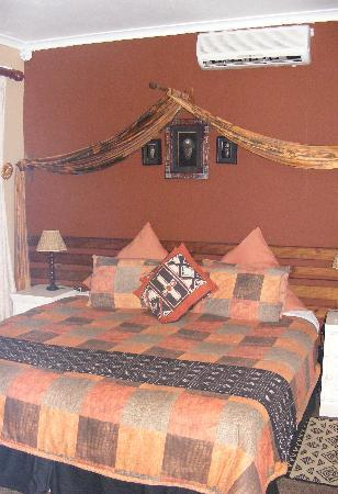 The Albatros Guest House: Comfy Bed!