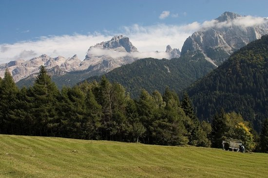 Le dolomiti di Brenta in estate