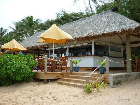 Malolo Island Resort: The Beach Bar