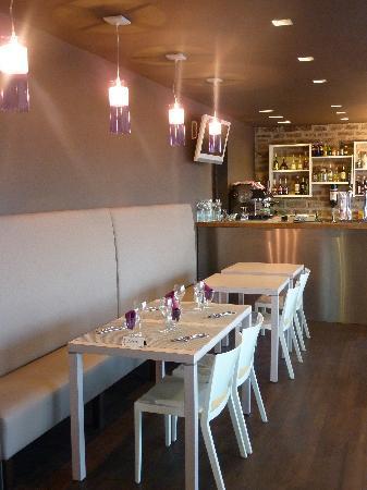 Le Panoramic Hotel Piscine : bar de l'hôtel