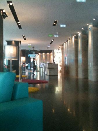 Novotel Barcelona City : lobby