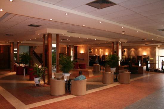 Hotel Presidential: Reception/Lobby