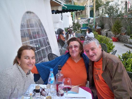 """Bar Mare Petit Restaurant : Beautiful """"mama"""""""