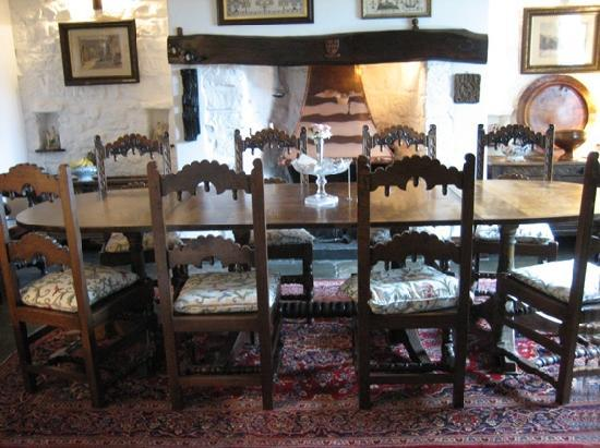 Shieldhall: Dining Room with 17th C furniture