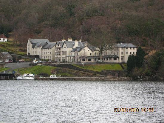 Loch Long Hotel: Cruising on Loch Lomond