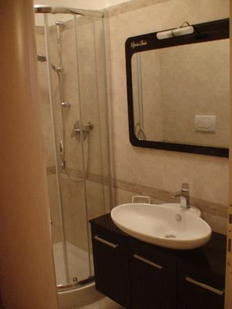 Il Giardino di Daniela: Ensuite Bathroom