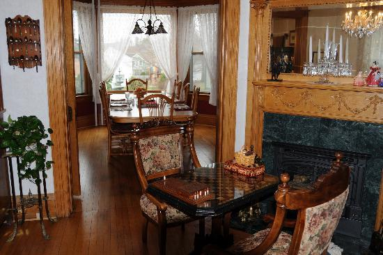 Habberstad House: Parlor and Dining Room
