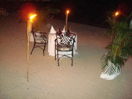 Sandals Negril Beach Resort & Spa: white-glove service on the beach