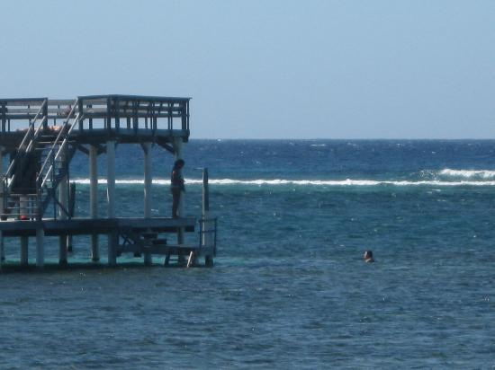 Casa Blanca: The Dock down the road from Casablaca (by Hobbies)