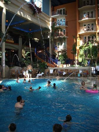 Piscine De L Hotel Et Chambres Avec Balcon Picture Of L Hotel