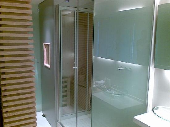 Casa Calma Hotel : La douche et le sauna