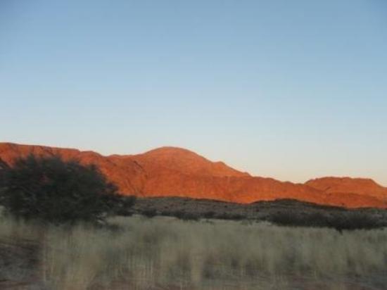 Виндхук, Намибия: sonsondergang!