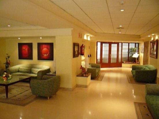 Hotel Avenida: 8nside our hotel