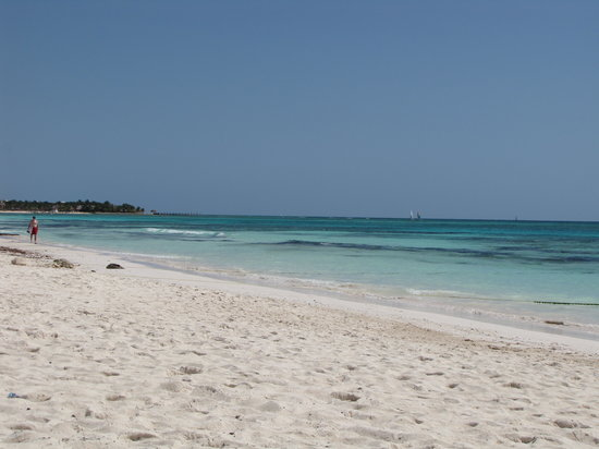 TRS Yucatan by Palladium: Beautiful beach