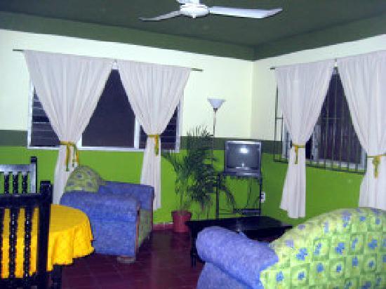 Mariana Beach Apartments & Hotel: the Jungle Apartment livingroom