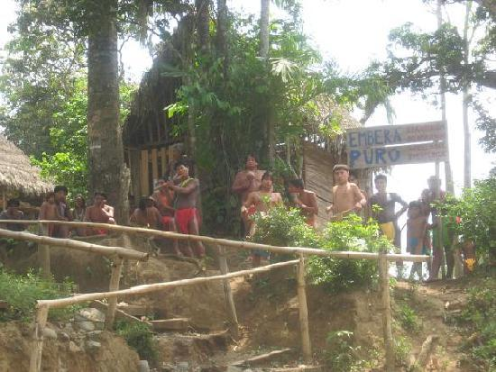 Embera Village Tours : Village welcome